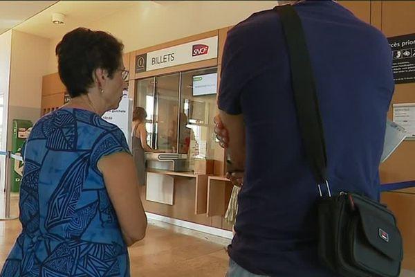 En gare des Arcs la SNCF pourrait fermer les guichets en 2019, les usagers sont inquiets.