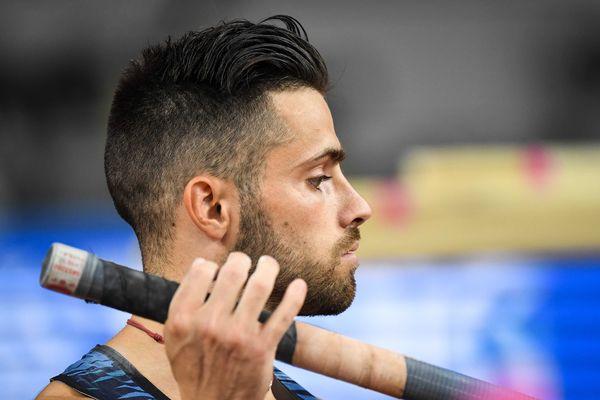Valentin Lavillenie termine 6e en finale du saut à la perche aux mondiaux d'athlétisme de Doha mardi 1er octobre 2019