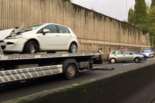 Trois accidents sont survenus ce mardi 5 novembre sur l'autoroute A20 à Limoges dans le sens Nord-Sud (Photo amateur)