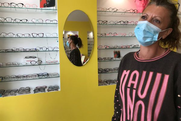Vanessa opticienne à Donges est abonnée à Wiker pour 30 euros par mois