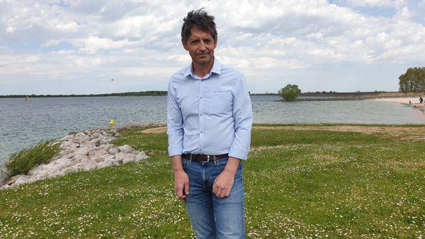 """Laurent Gouverneur, président du syndicat d'aménagement du lac du Der, souhaite """"redynamiser la partie nord du lac""""."""