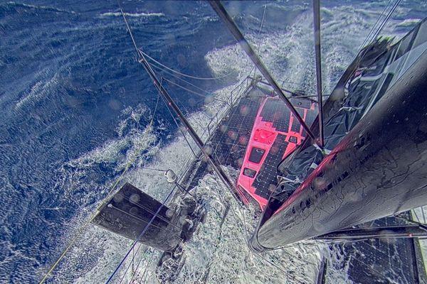 Photo envoyée depuis le bateau Hugo Boss, le 13 Novembre 2020