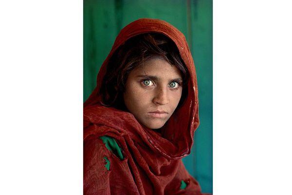 """Steve McCurry """"L'Afgane aux yeux verts"""" photo originale"""
