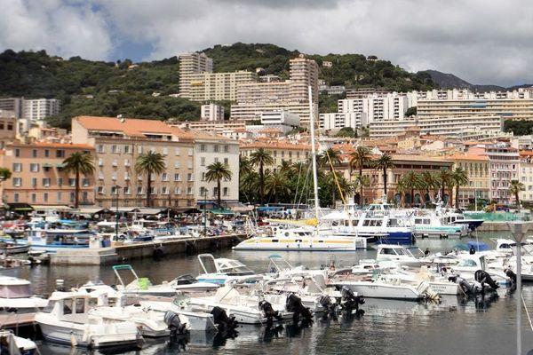 Ajaccio accueille ce jeudi 18 juillet un forum « port 5 R » pour : réduction, réutilisation, recyclage, récolte et récupération.
