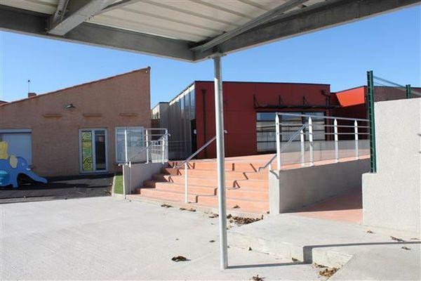 L'école André Pic de Port-la-Nouvelle dans l'Aude - archives.