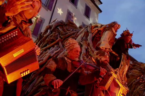 Les flottins animent le coeur d'Evian tous les jours jusqu'au 5 janvier.