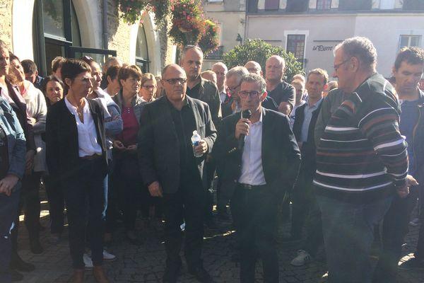 Le maire de Nozay Jean-Claude Provost a pris la parole ce samedi 30 septembre 2017 après les violences qui se sont produites entre des élus et des jeunes de la commune.