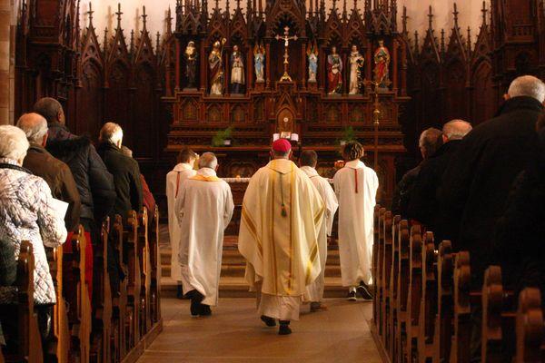Les évêques catholiques de France, dont l'Alsacien Monseigneur Ravel ci-dessus, prêts à voter des résolutions pour lutter contre la pédocriminalité au sein de l'Eglise