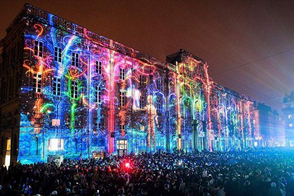 La Fête des Lumières s'est déroulée à Lyon du 5 au 8 décembre 2019. France 3 vous propose de revivre l'événement dans une émission spéciale.