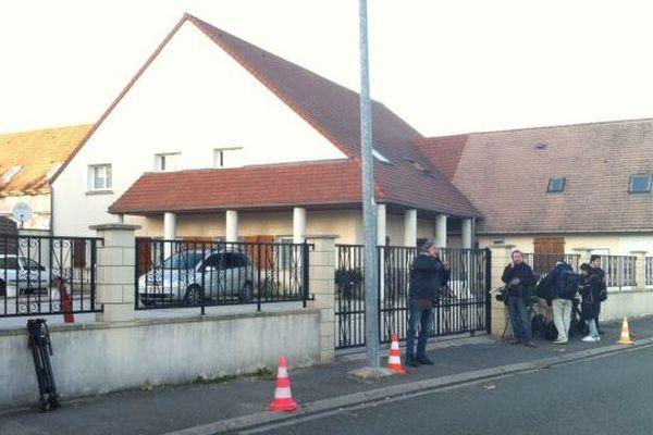 La mosquée de Lucé en Eure-Loir que le kamikaze français Omar Ismaïl Mostefaï fréquentait (sources policières)