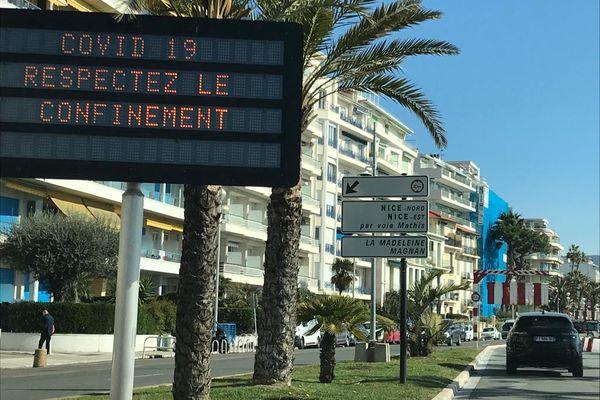 Covid : un mois de confinement pour seize départements, dont l'Ile-de-France