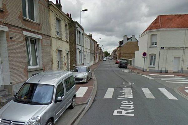 L'accident s'est produit à cette intersection, rue Victor Hugo à Coudekerque-Branche