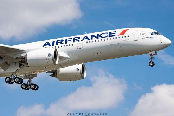 """Un nouvel avion Airbus A 350 pour la compagnie Air France baptisé """"Saint-Malo"""""""