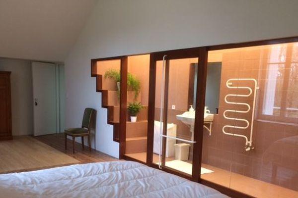 Une des 3 chambres de la Villa Bloch