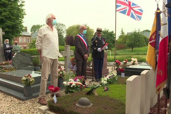 12 juin 2021 : cérémonie à Manneville-ès-Plains pour rendre hommage aux soldats britanniques morts lors des combats de juin 1940 près de Saint-Valéry-en-Caux (Seine-Maritime)