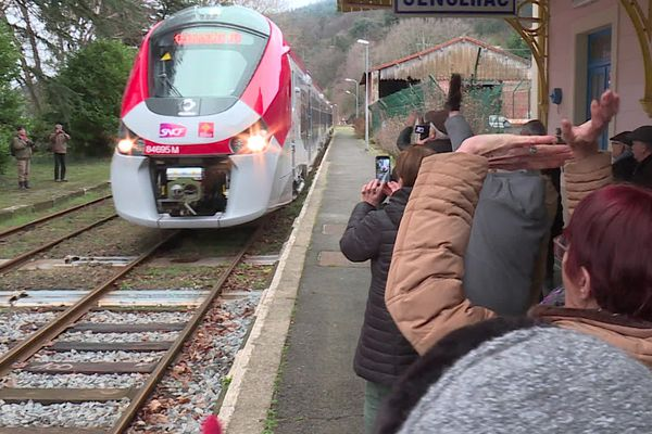 Le nouveau train Cévenol a effectué son premier trajet entre Nîmes et Clermont-Ferrand - 28 janvier 2020