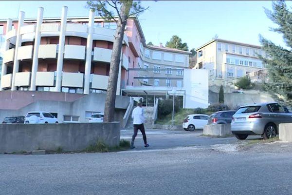 L'hôpital de Lauris à sauver par Monsieur le Maire.
