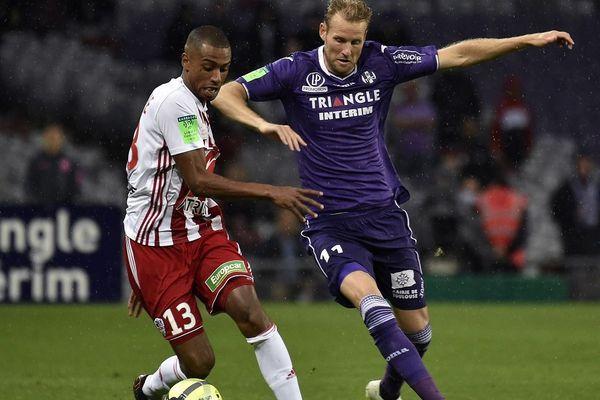 L'attaquant est auteur de 7 réalisations sous les couleurs violettes en Ligue 1 Conforama.