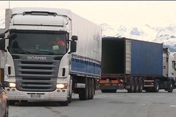 Côté italien, les transporteurs sont très en colère, Cunéo, 14 novembre 2017