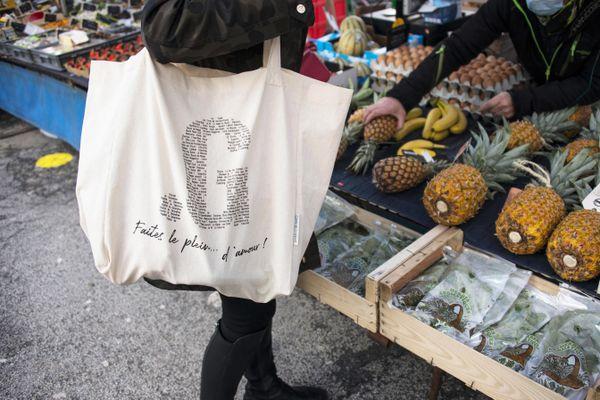 500 sacs solidaires sont mis en vente à Gérardmer.