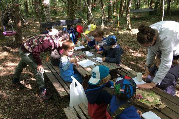 L'école de la forêt de Marsac en Charente accueille 12 enfants.