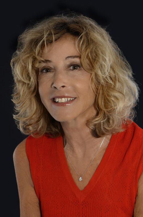 Isabelle Sezionale a publié cinq livres dont quatre parlent d'inceste.