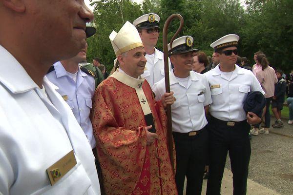 La messe des marins célébrée par Monseigneur Lebrun
