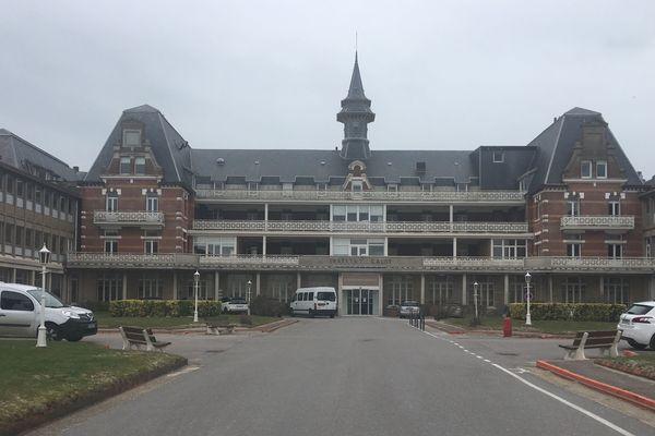 L'Institut Calot, au lendemain de l'incendie.
