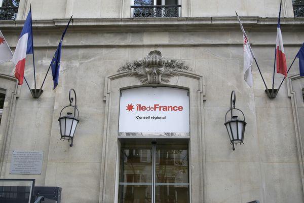 Le conseil régional d'Île-de-France, à Paris.