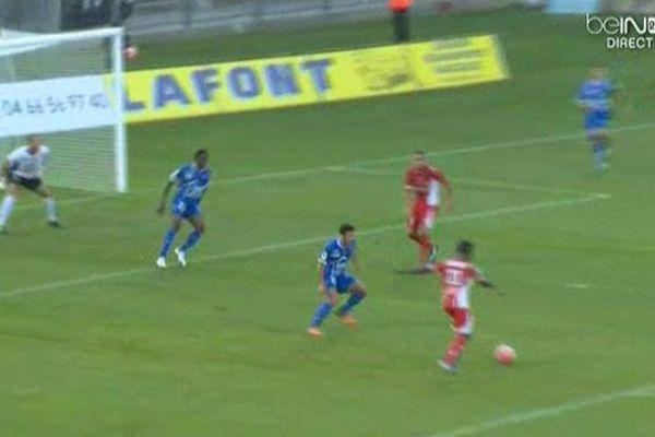 3 à 2 contre Troyes : c'est la première victoire de la saison pour le Nîmes Olympique.