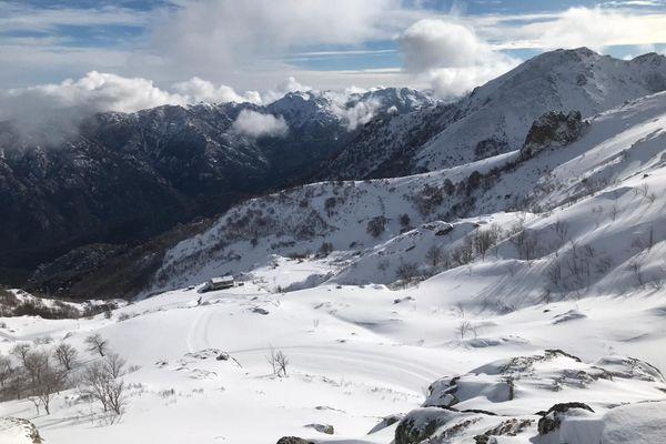 """La vigilance orange """"avalanches"""" est annoncée au minimum jusqu'au dimanche 10 janvier."""