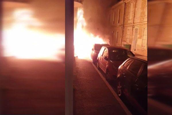 Des voitures sont régulièrement incendiées dans ce quartier de Nîmes