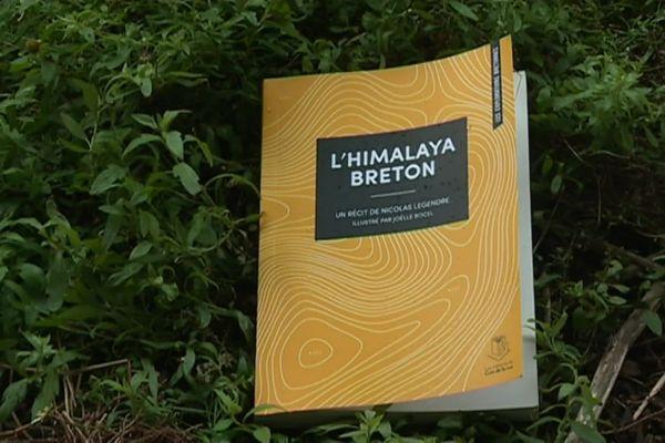 """L'Himalaya Breton édité par """"Les éditions du coin de la rue"""" est paru en octobre 2020"""