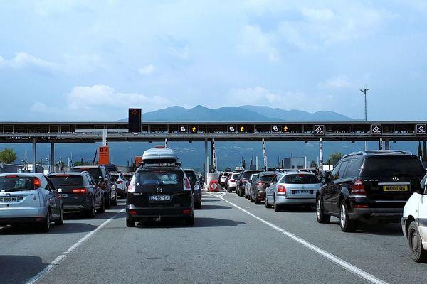 La circulation s'annonce difficile en région Auvergne-Rhône-Alpes, ce samedi 21 décembre, premier jour des vacances de Noël.