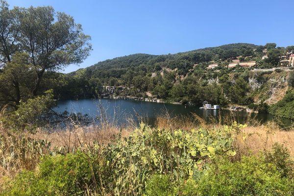 Sur les lieux de l'accident, au lac du Dramont à Saint-Raphaël, ce mercredi 18 août.