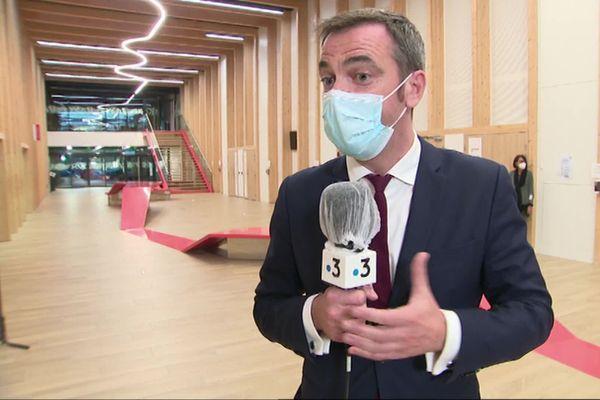 Olivier Véran en déplacement à Grenoble, le 9 octobre 2020.