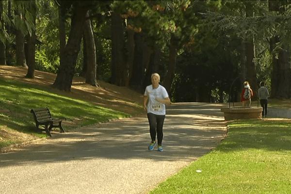 Fibromyalgique, Karina court les Foulées du Tram pour vaincre sa maladie