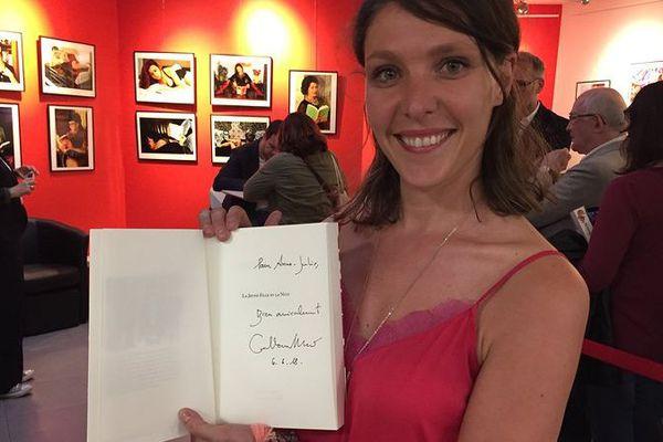 Anne-Julie a lu tous les livres de Guillaume Musso. Elle est venue une heure et demi en avance pour avoir une dédicace mercredi 6 juin.