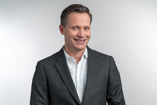 Hervé Aeschbacher, présentateur de Stamm&Co et Générations Stamm