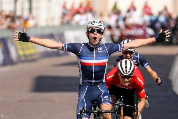 Romain Grégoire champion d'Europe junior de cyclisme sur route 2021.