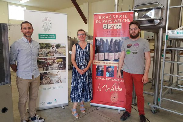 """La remise du label """"Valeurs Parc Naturel Régional"""" à la brasserie du Pays Welche de Lapoutroie a eu lieu ce samedi 12 juin 2021."""
