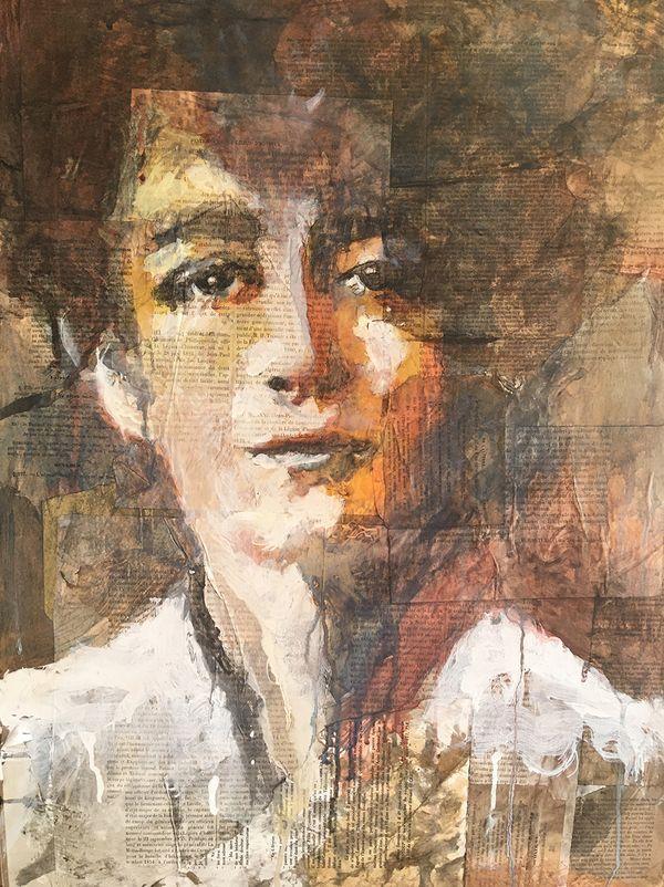 Le portrait de Camille Claudel peint par Aurélie Salvaing dans son atelier à Pérols.