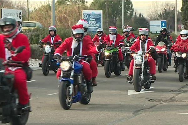 A Nîmes les motards ont rempli leur hottes de cadeaux pour donner du baume au coeur aux enfants hospitalisés