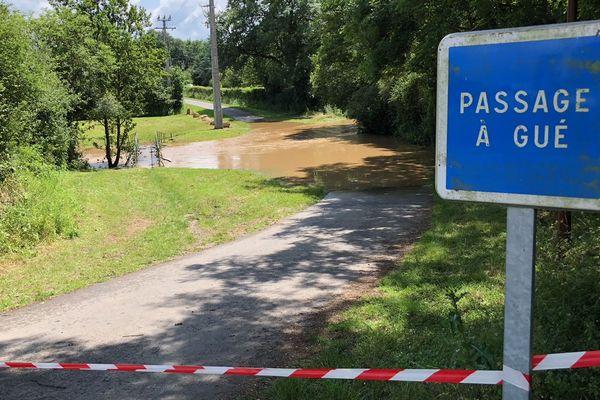 Des orages et des pluies abondantes ont frappé jeudi soir deux secteurs du Cher, notamment le sud du département, à Epineuil-le-Fleuriel (Cher)