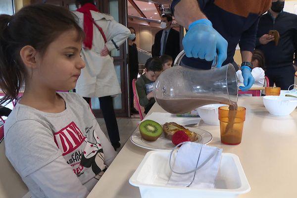 """C'est la première fois que l'école La Forgerie de Cognin participe au dispositif """"petits déjeuners gratuits"""""""