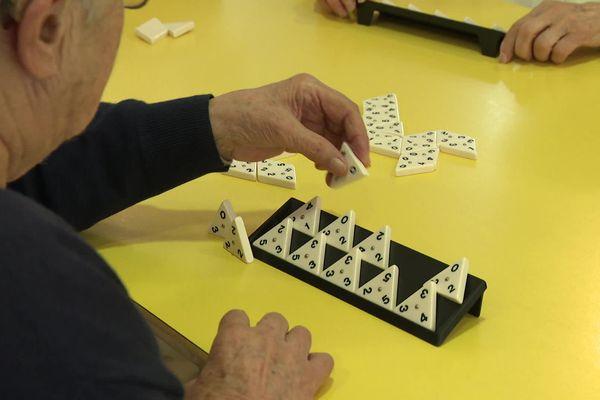 Grâce à la charte signée par la ville d'Abbeville, les agents du service public vont notamment bénéficier de formations pour accompagner les malades d'Alzheimer