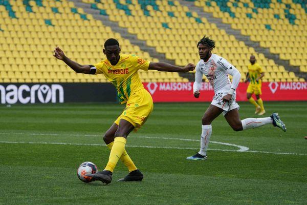 Malgré un but inscrit dès les premières minutes du match par Kolo Muani le FC Nantes échoue à la Beaujoire