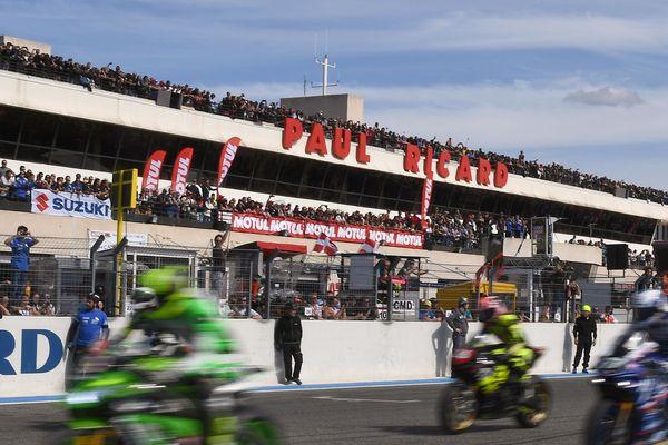 82ème édition du Bol d'or et du Bol d'argent. Des courses mythiques pour les passionnés de moto qui se déroulent du 14 au 16 septembre 2018, sur le circuit Paul Ricard dans le Var.