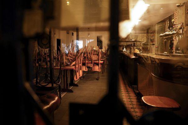 Les restaurants, bars et cafés ont été fermés sept mois depuis un an à cause de la crise du coronavirus. (Illustration)
