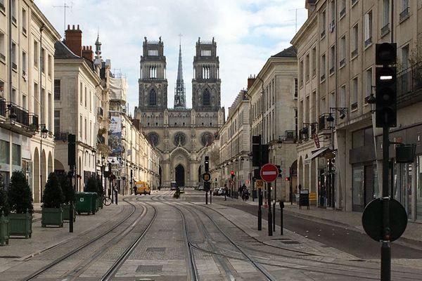 La rue Jeanne d'Arc à Orléans